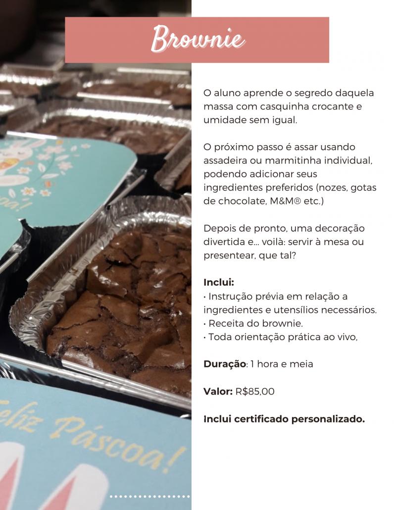 Aula online de culinária para crianças, chamada ao vivo. Brownie de chocolate, gotas de chocolate, aula prática. Marmitinhas de brownie.